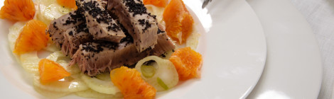 Tuna steak on a bed of fennel and oranges