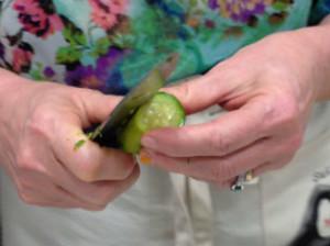 sbucciare una zucchina